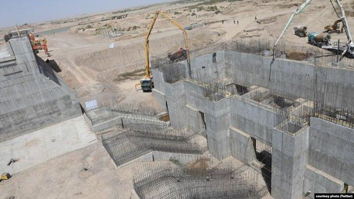 Kamal Khan Dam in Nimroz
